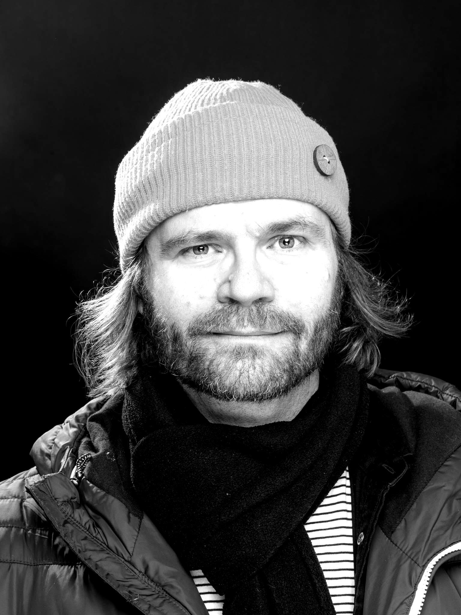 Petri_Juola_kuvaaja_Markku_Nurminen-6291-blackwhite